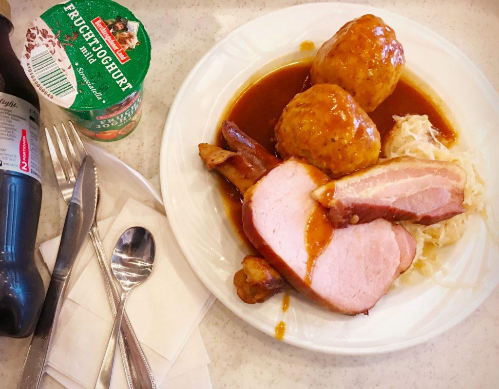 Kantinenrealität#5: Menü zwei mit einer extra großen Portion Mittagsschlaf, bitte!